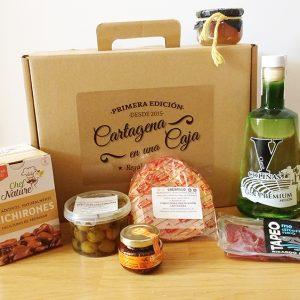 caja gastronomica con ginebra Cartagena en una Caja